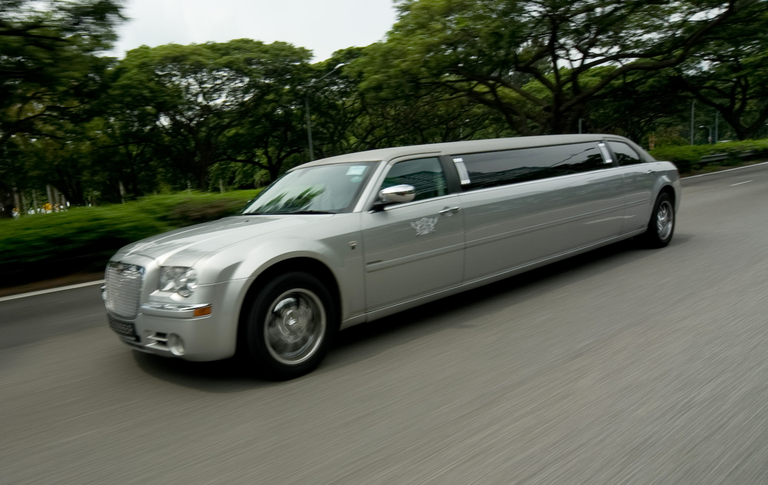 limousine vancouver wedding bentley limo weddings suv rental service